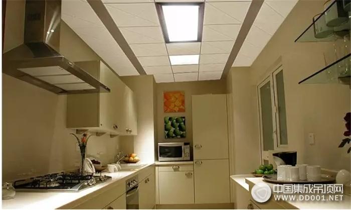 集成吊顶灯LED平板灯怎么挑?6大原则让你轻松搞定!