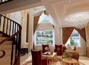 奢华大气欧式美宅客厅吊顶设计图 (1)