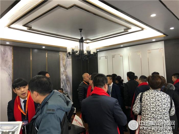 【北京展】三大风格主流但不随波逐流,做顶墙鼎美是认真的