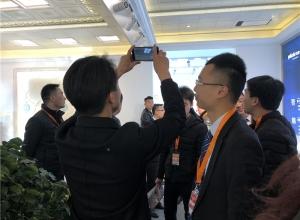 北京建博会:清新女神保丽卡莱完美演绎顶墙装饰—展会现场