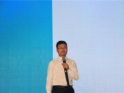 容声部长陈国光发布新品