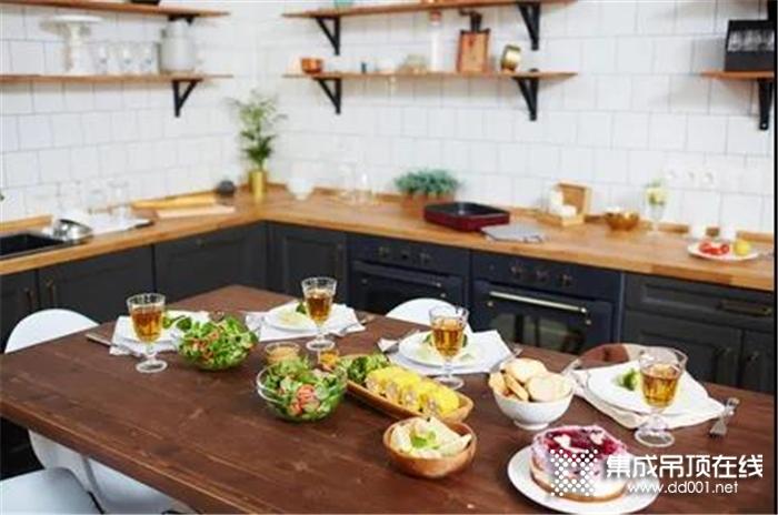 品格全景大板让你告别枯燥厨房,尽情享受烹饪的乐趣